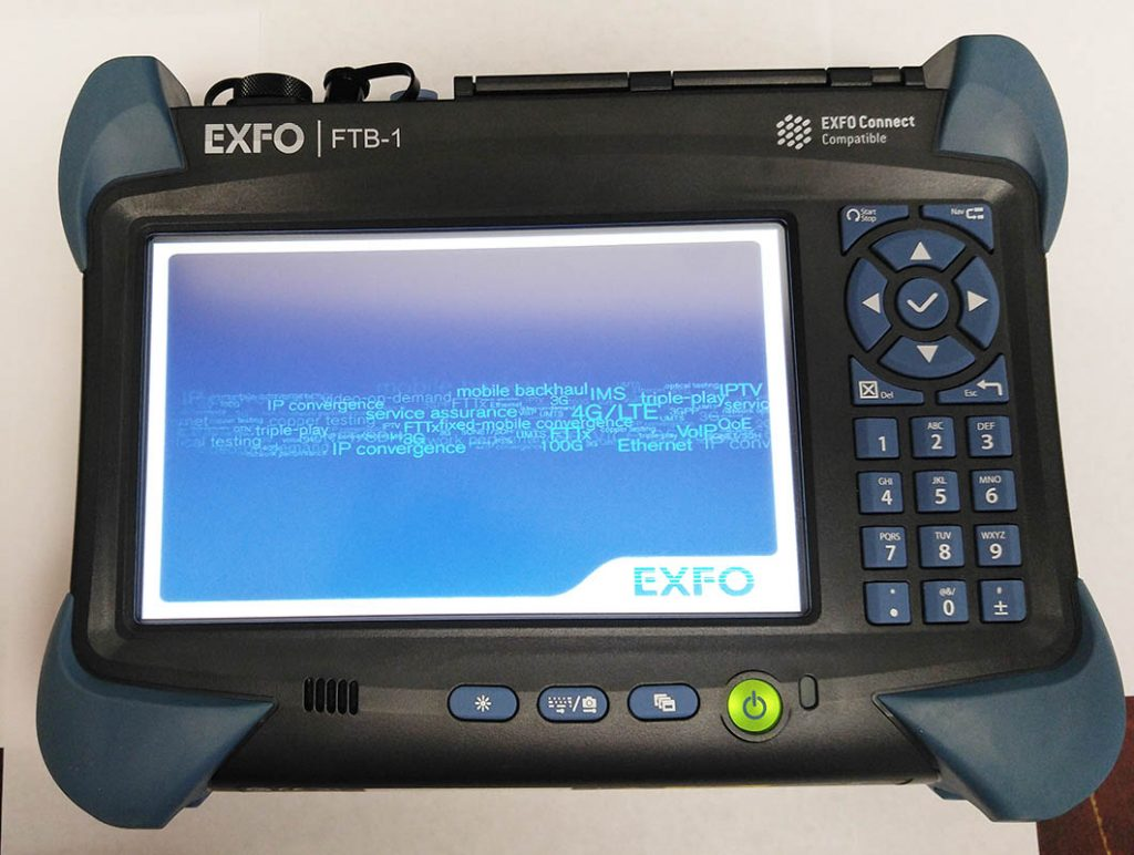 EXFO FTB-1 OTDR Screen on with FTB-720 Module